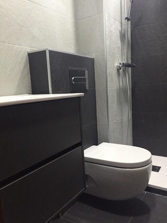 Reforma baño Primavera WC suspendido